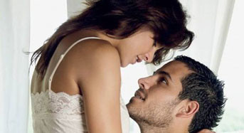3 Naughty Things Men Love To Hear When You Talk Dirty